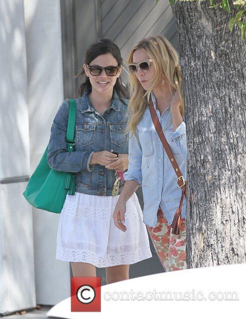 Rachel Bilson and Kristen Bell 2