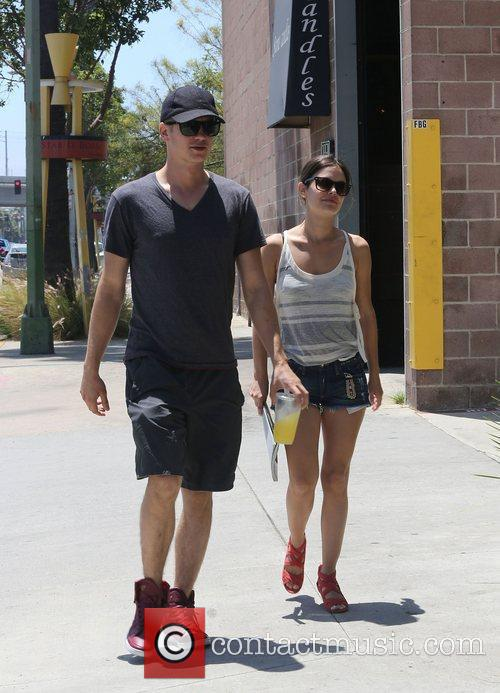 Rachel Bilson and Hayden Christensen 6