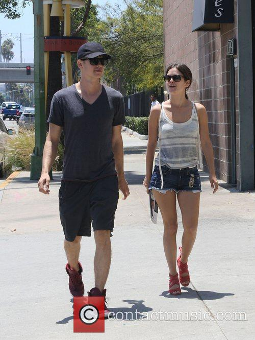 Rachel Bilson and Hayden Christensen 21