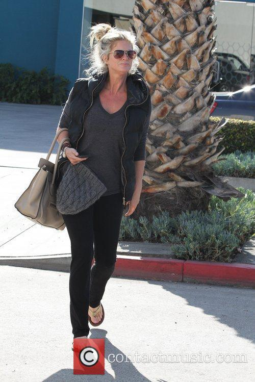 rachel hunter out and about on melrose 5813069