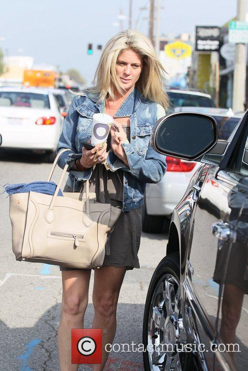 rachel hunter leaving shampoo salon in west 5819030