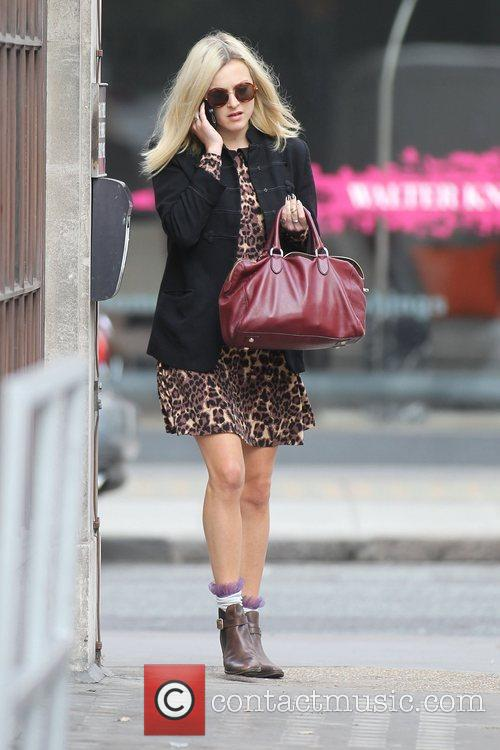 fearne cotton at the bbc radio 1 4016042
