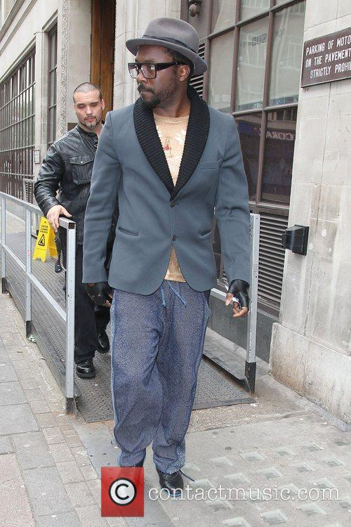Will.i.am and Fearne Cotton 3