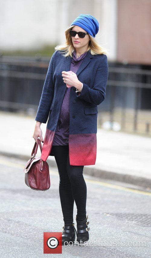 fearne cotton at the bbc radio 1 4149112