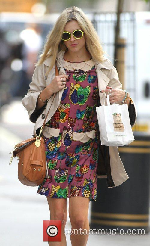 fearne cotton at the bbc radio 1 3993631
