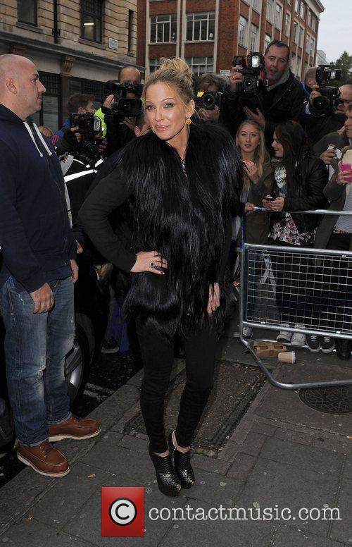 Sarah Harding, Girls Aloud and Radio 9