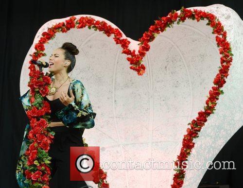 Leona Lewis 50