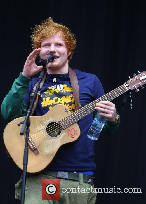 ed sheeran performing live on stage at 3959804