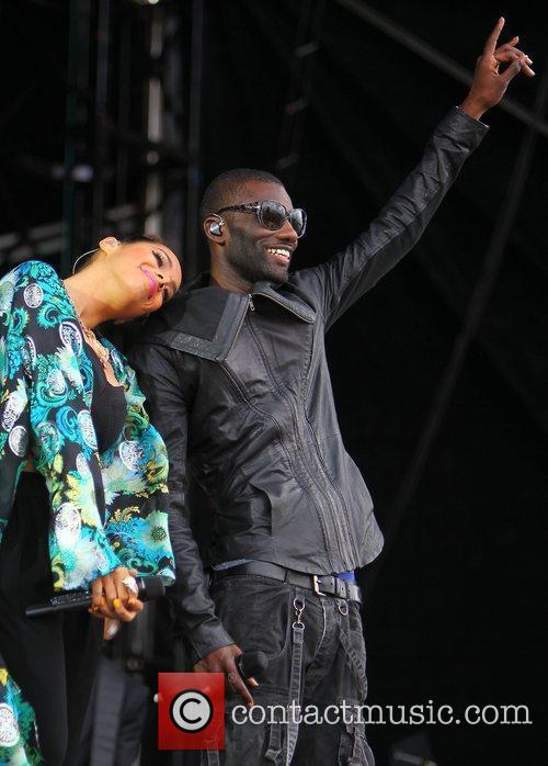 Leona Lewis and Wretch 32 5