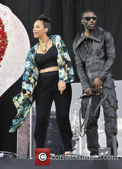 Leona Lewis and Wretch 32 8