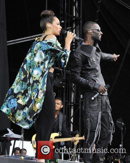 Leona Lewis and Wretch 32 10