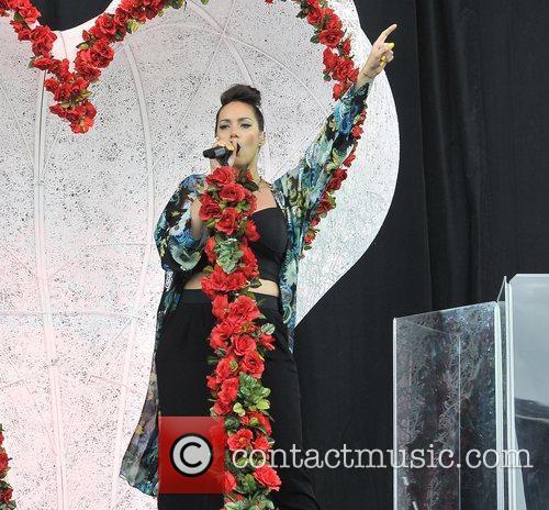Leona Lewis 25