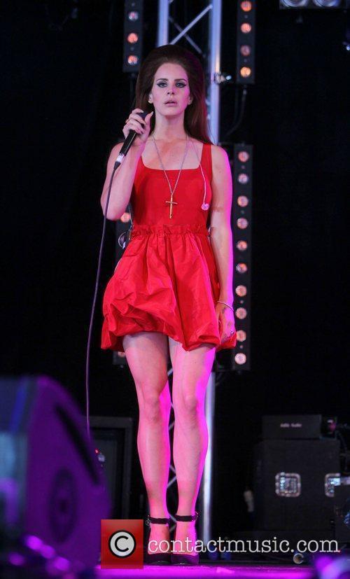 Lana Del Rey 40