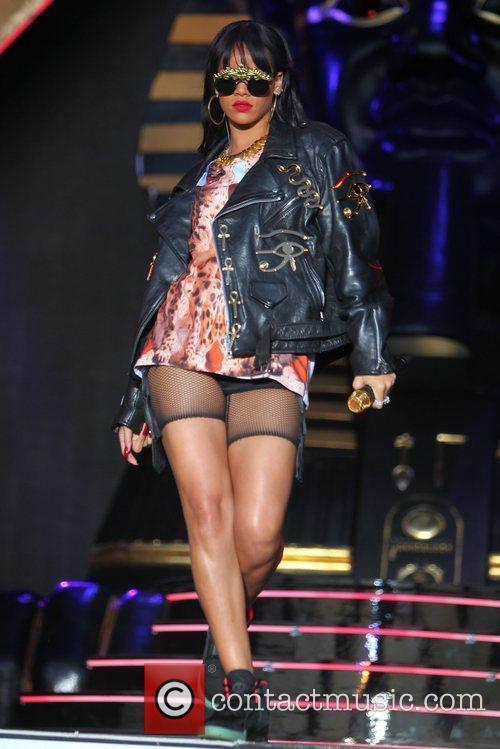 Rihanna 97