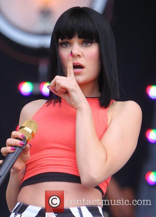Jessie J 32