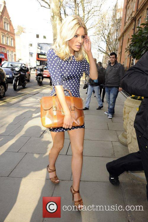 Mollie King and The Saturdays 10