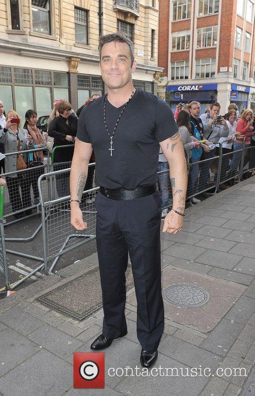 Robbie Williams arriving at the Radio 1 studios....