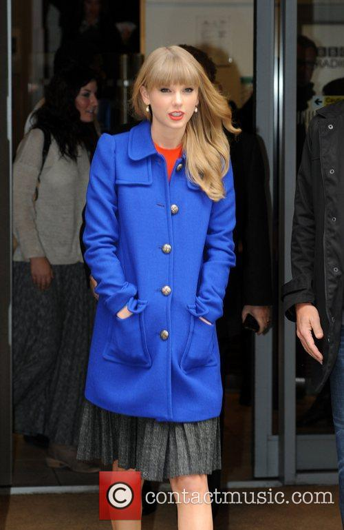 Taylor Swift l Leaves BBC Radio 2 London,...