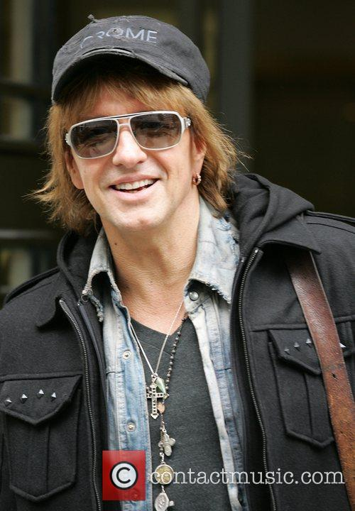 Richie Sambora and Bon Jovi 4