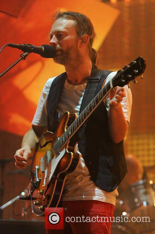thom york of radiohead performing live at 3759749