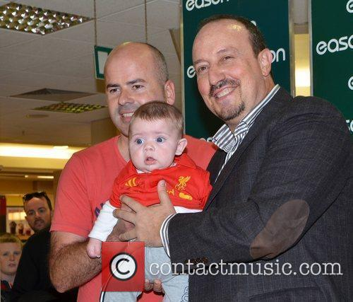 Rafa Benitez with Paul Moore and son Emlyn...
