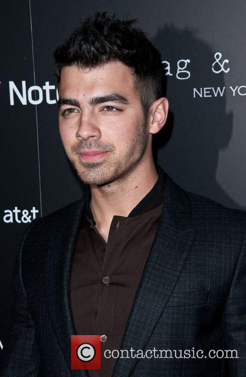 Joe Jonas Samsung and AT&T, hosted by rag...