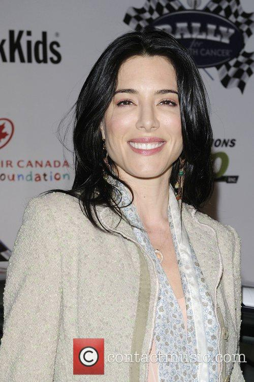 Jaime Murray 2