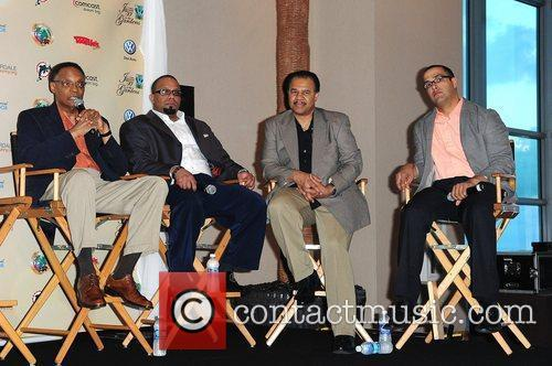 Ramsey Lewis (L) and his band  The...