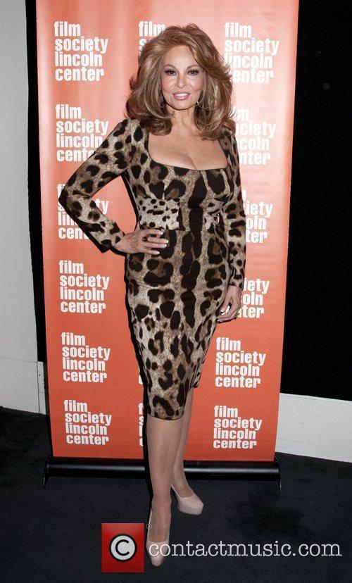Raquel Welch 3