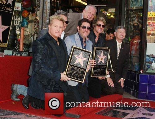 Gary LeVox, Jay DeMarcus, Rooney, David Foster, Leron Grubler and Star On The Hollywood Walk Of Fame 1
