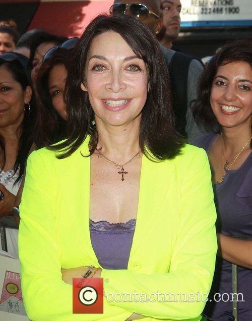 Illeana Douglas and Star On The Hollywood Walk Of Fame 2
