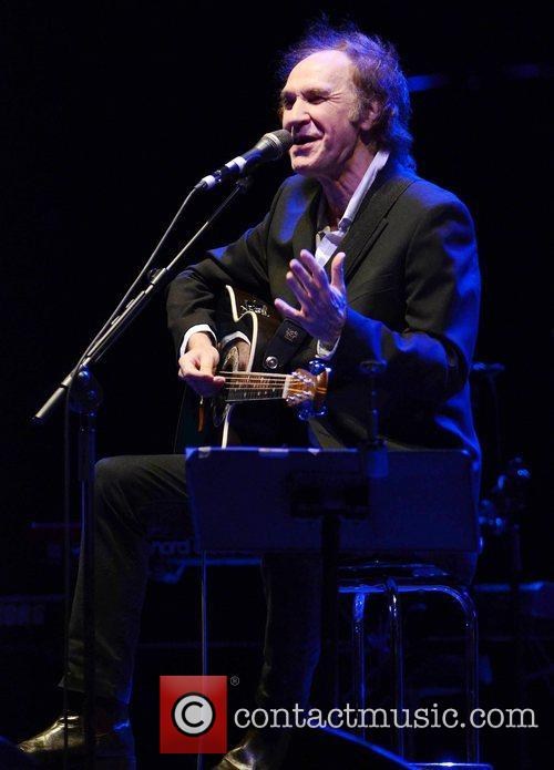 ray davies performing at the o2 dublin 4138100