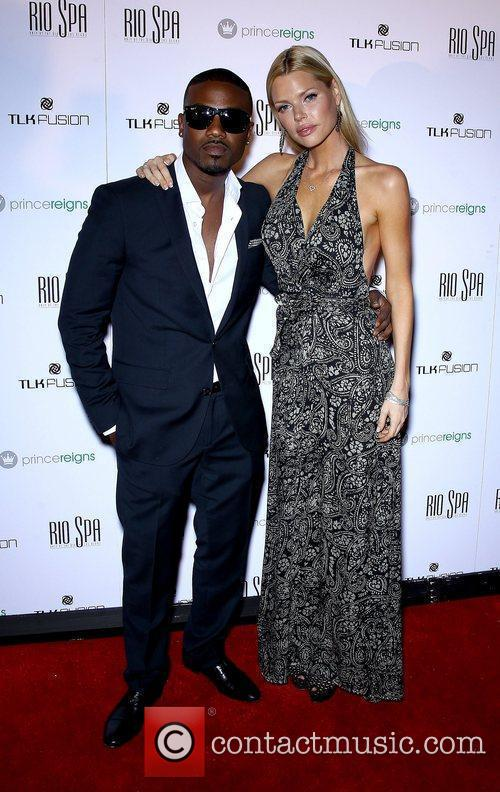 Ray J, Sophie Monk and Rio All-suite Hotel 4