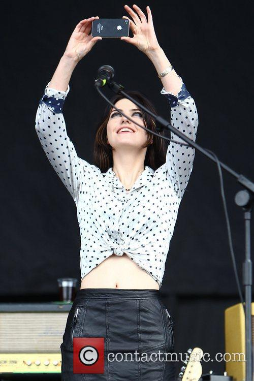 Blood Red Shoes, Leeds & Reading Festival and Reading Festival 5