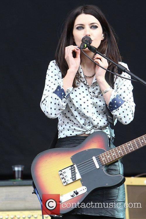 Blood Red Shoes, Leeds & Reading Festival and Reading Festival 9