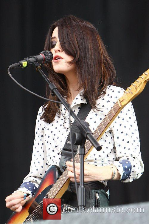 Blood Red Shoes, Leeds & Reading Festival and Reading Festival 11