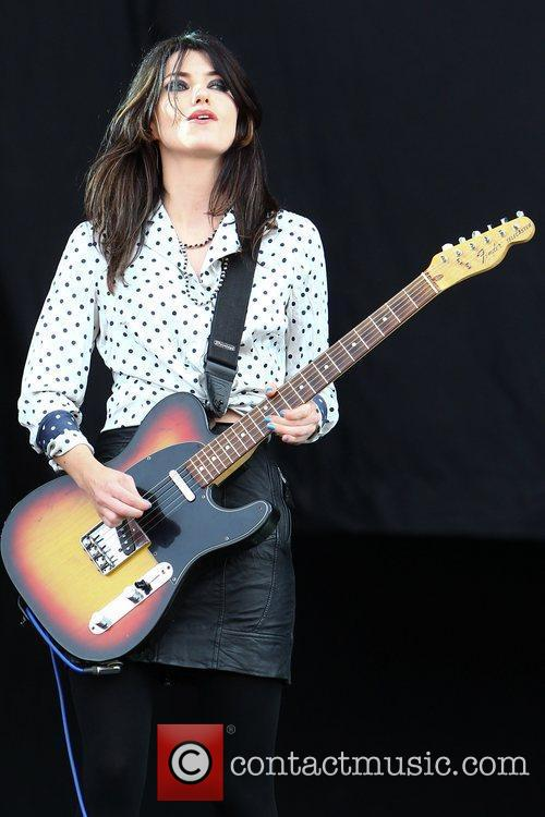 Blood Red Shoes, Leeds & Reading Festival and Reading Festival 15
