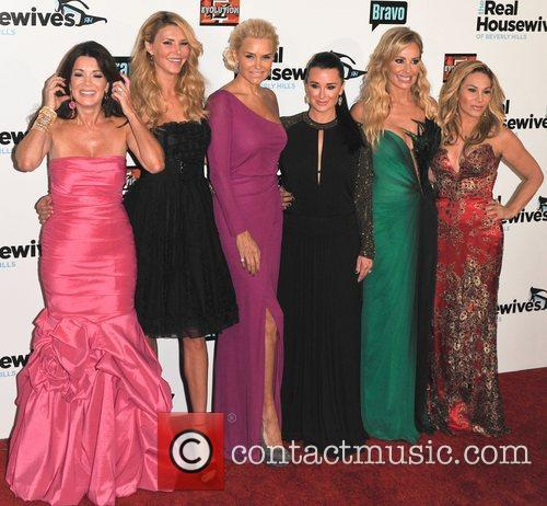 Lisa Vanderpump, Brandi Glanville, Yolanda H. Foster, Kyle Richards, Taylor Armstrong and Adrienne Maloof 4