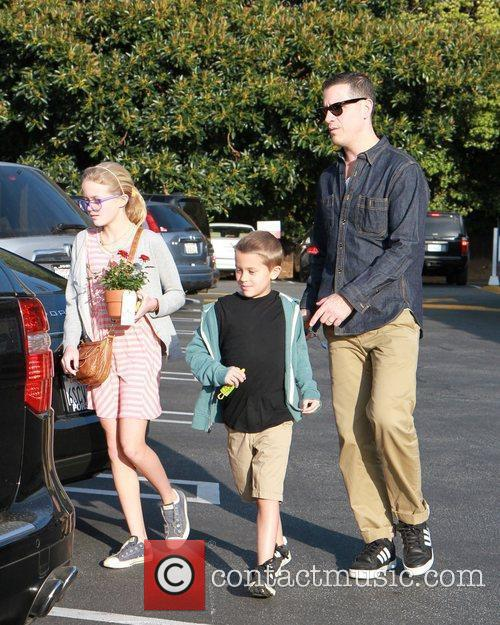 Jim Toth with Resse Witherspoon's children Ava Phillippe...