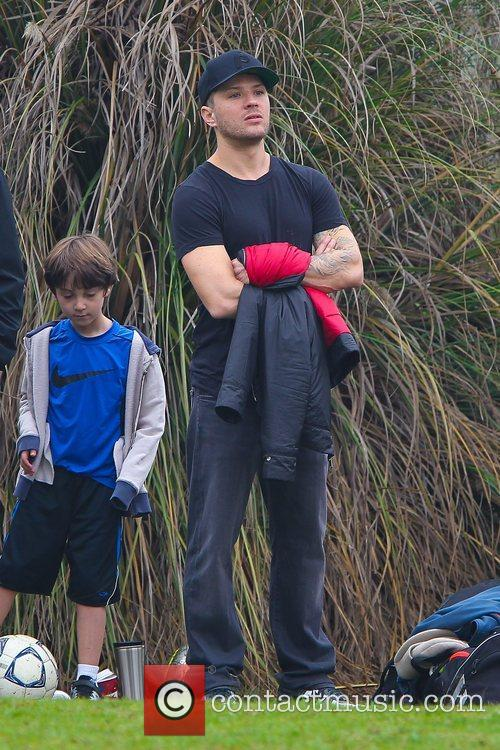 ryan phillippe watches his son deacons soccer 5964974