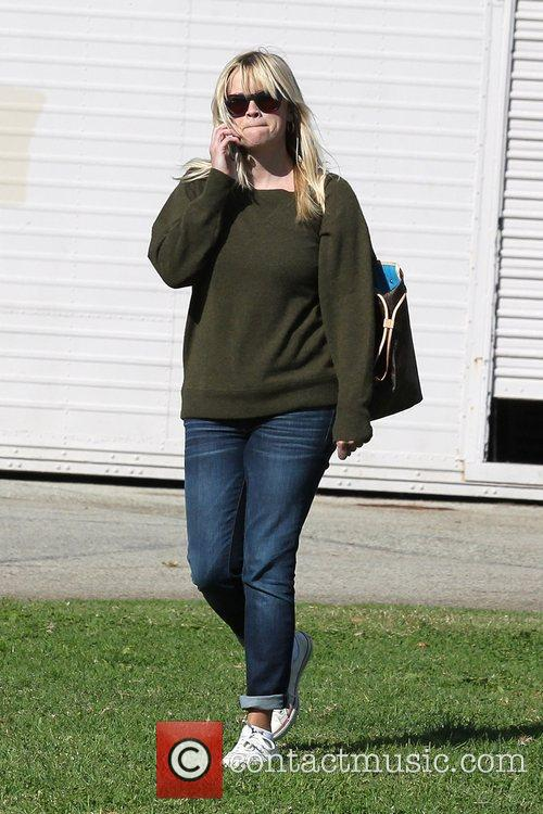 reese witherspoon leaves with her husband after 5948163