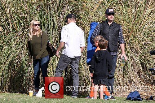Reese Witherspoon, Ryan Phillippe and Jim Toth 11
