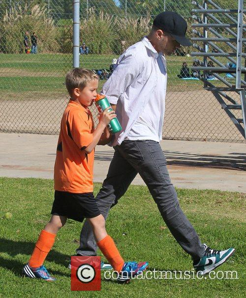 Ryan Phillippe and Deacon Phillippe 2