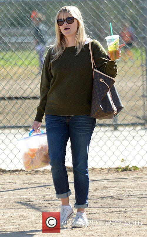 reese witherspoon watches her sons soccer game 4169423
