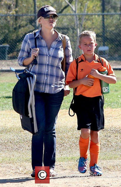 Reese Witherspoon and Deacon Phillippe 5