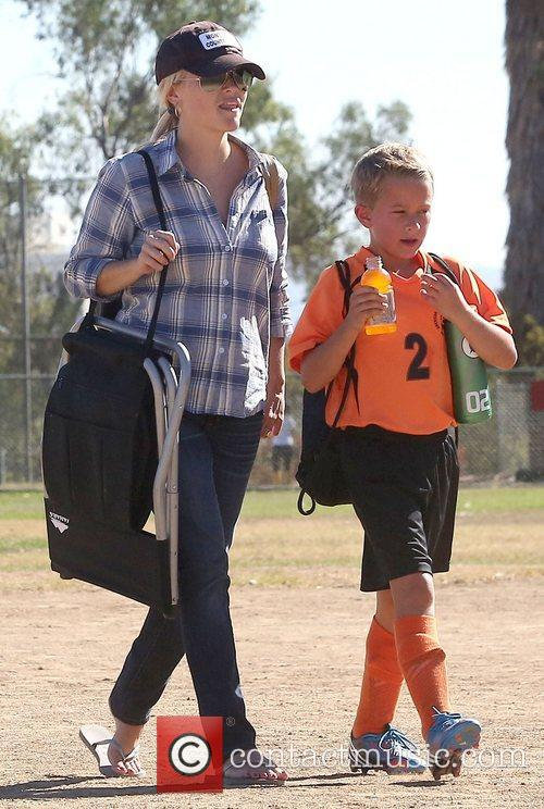 Reese Witherspoon and Deacon Phillippe 11