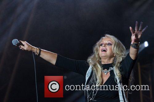 Bonnie Tyler 23