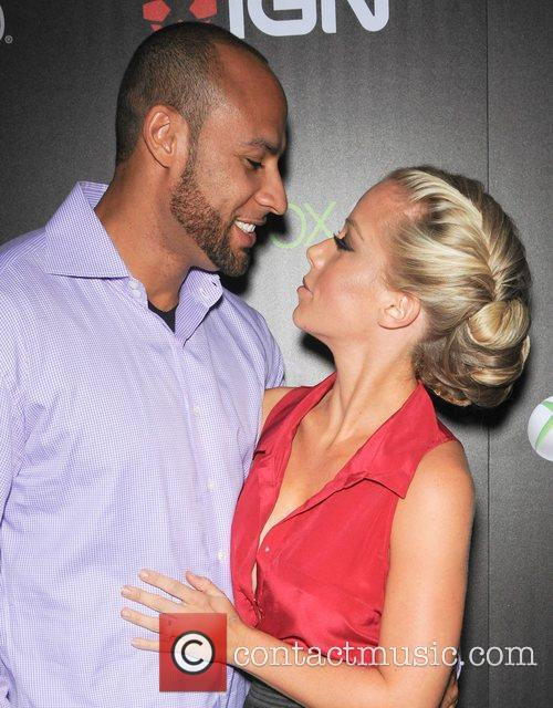 Hank Baskett and Kendra Wilkinson 9