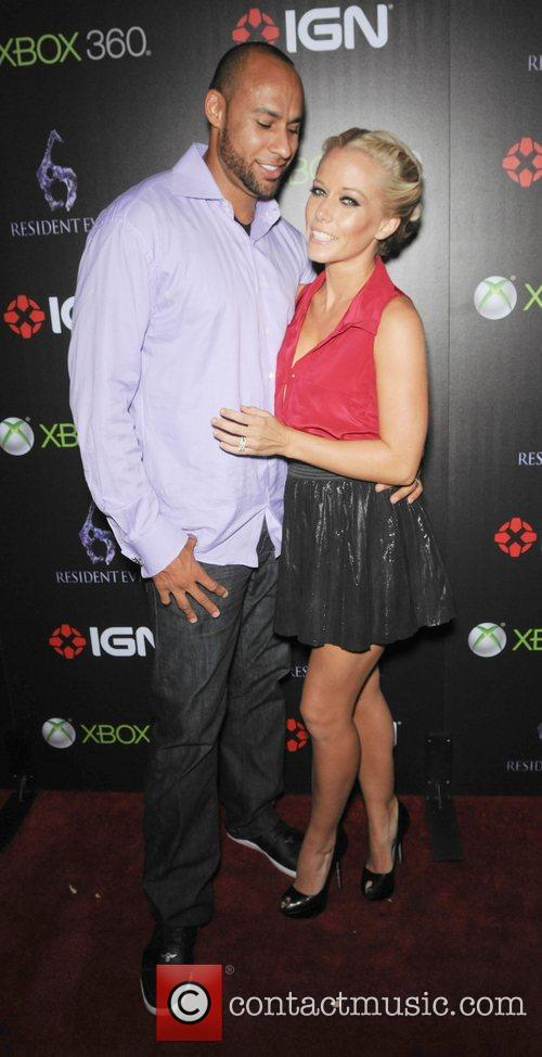 Hank Baskett and Kendra Wilkinson 3
