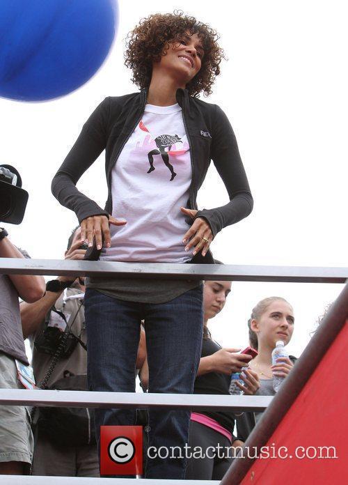 Halle Berry 29